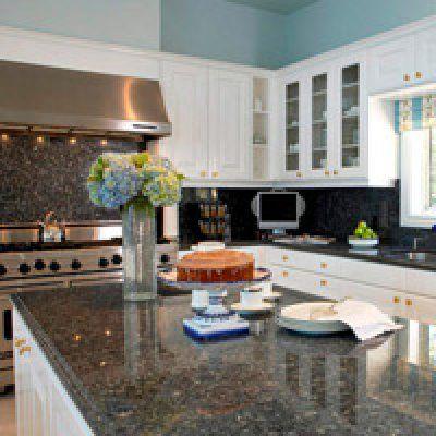 Столешницы для кухни из натурального и искусственного камня