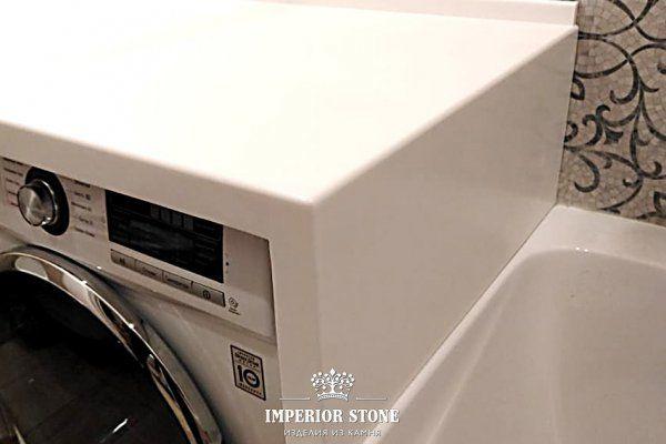 Столешница в ванную из искусственного камня Staron BW010 Bright White Solids - фото