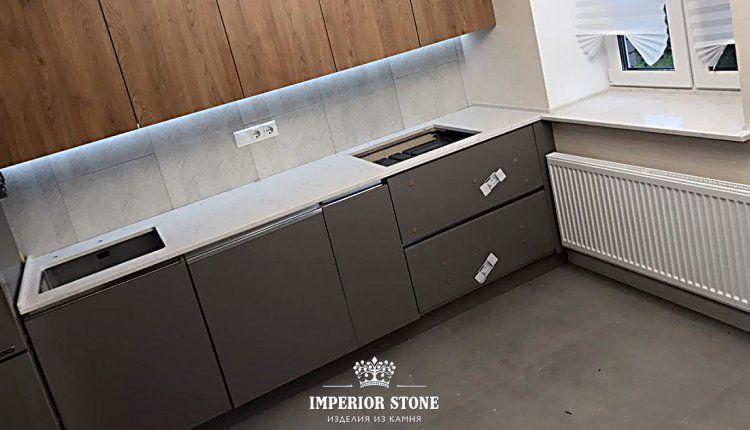 Столешница-подоконник на кухню Avant Quartz 2015 Франш-Конте - фото