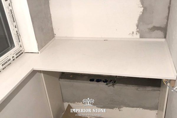 Подоконники и столешница из искусственного камня Samsung Staron SQ019 Quasar White - фото