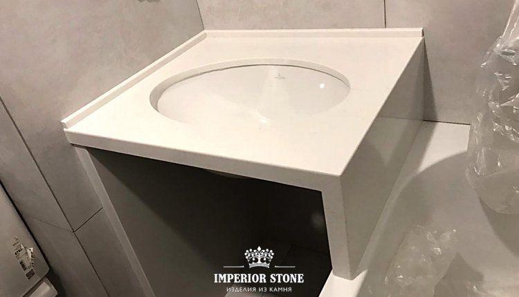 Кварцевая столешница TechniStone Noble Supreme White - фото