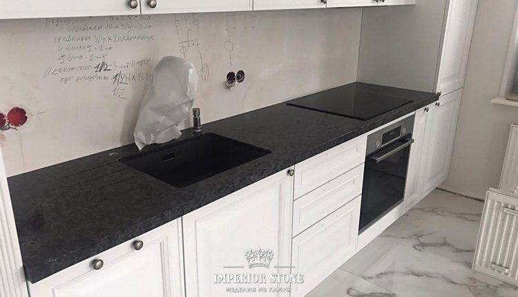 Темная кухонная столешница TechniStone Noble Imperial Grey - фото