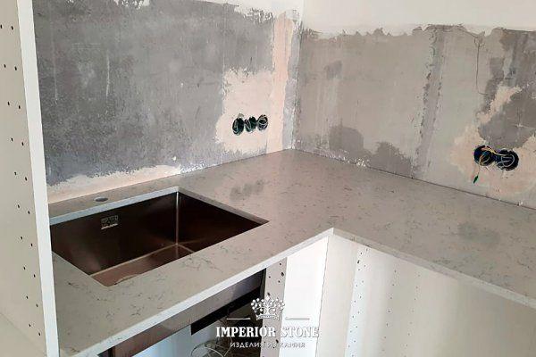 Столешница из искусственного камня на кухню TechniStone Carrara Noble Collection - фото