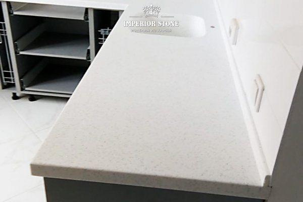 Cтолешница из искусственного камня Grandex D-301 Poppy Seed Deliscious Edition