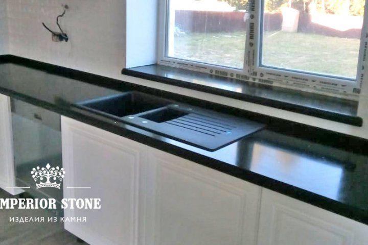 Акриловая г-образная столешница на кухню Samsung Staron QB299 Mosaic Black Bean