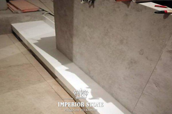 Ступени из искусственного камня DuPont Corian Designer White