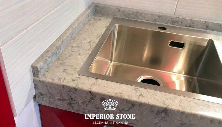 Столешница в кухню из искусственного камня - фото