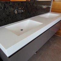 Акриловая столешница для ванной - фото