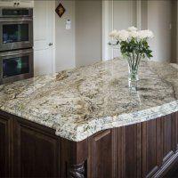 Столешница из натурального камня для кухни - фото