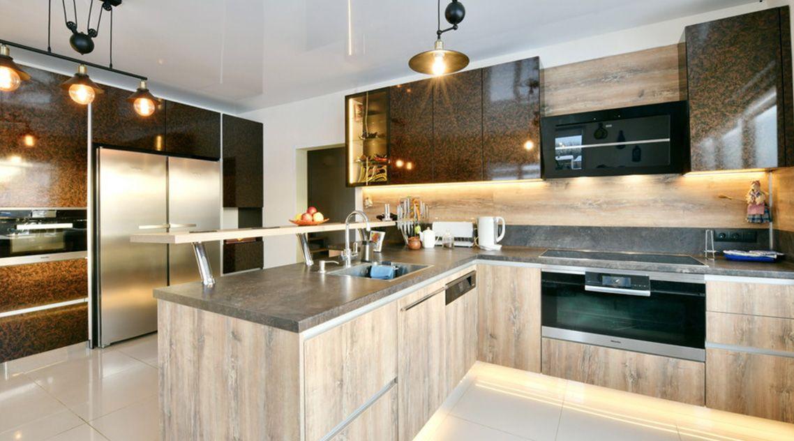 Столешница и кухонный остров из искусственного камня