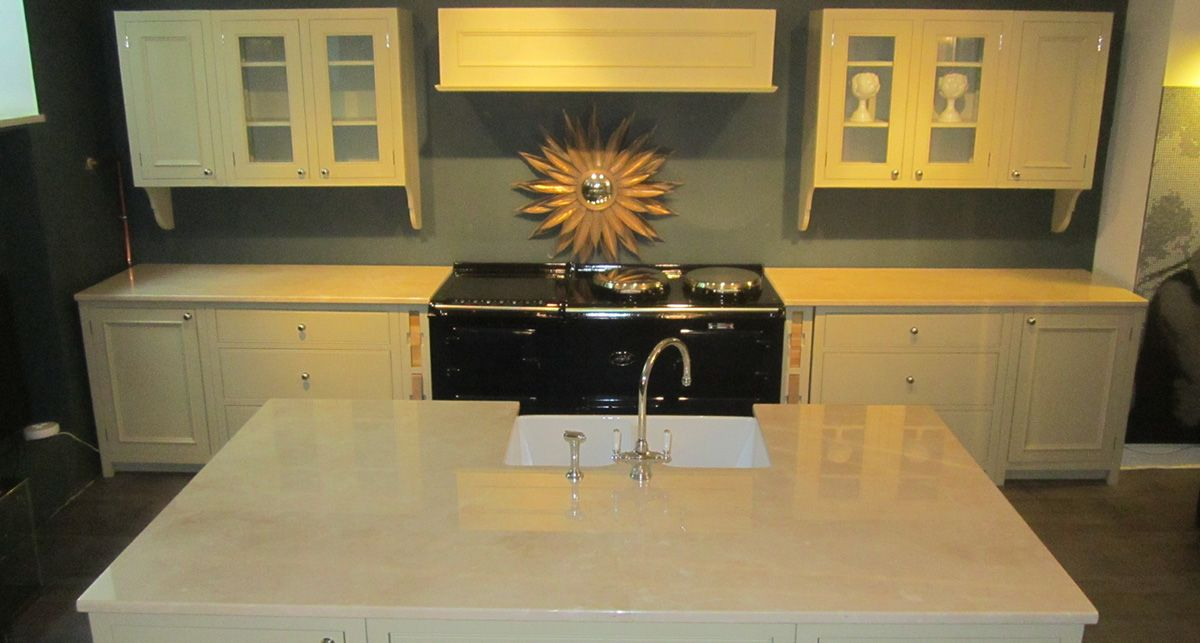 Tristone V-006 Gold Amber коллекции Avant-garde