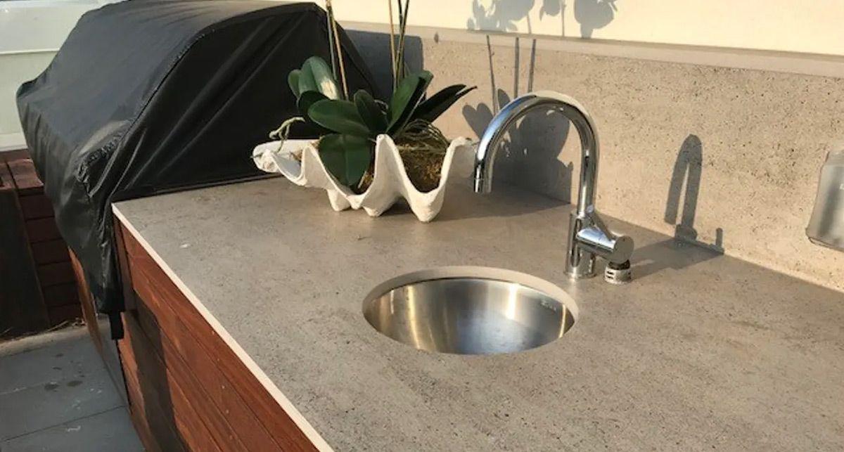 Столешница в ванну из Dekton Blanc Concrete collection Tech
