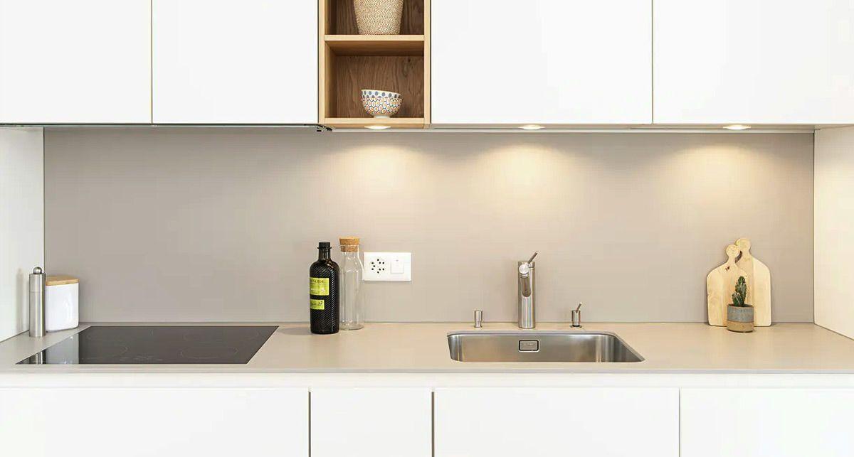 Столешница на кухню из камня Dekton Ventus collection Solid