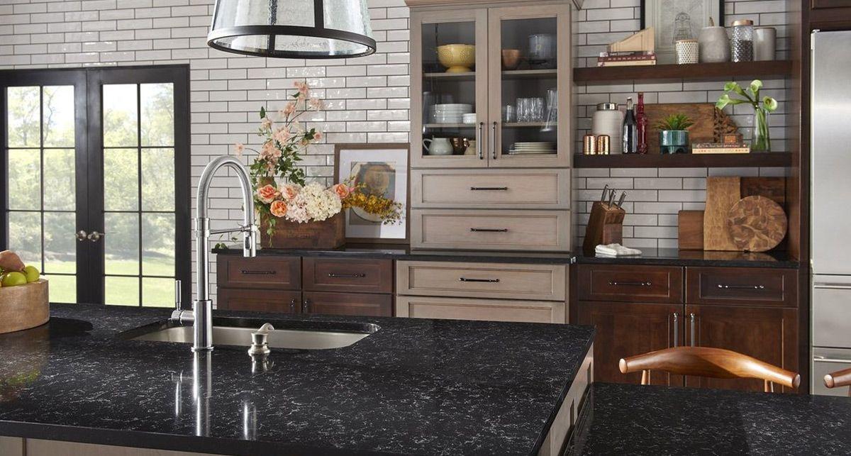 Черная кухонная столешница Etna Quartz Black Perlino EQPM 028