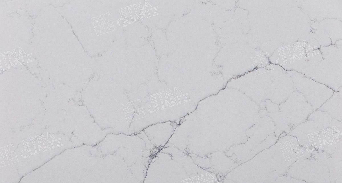 Фактура кварцевого агломерата Etna Quartz Perlino Bianco EQHM 001
