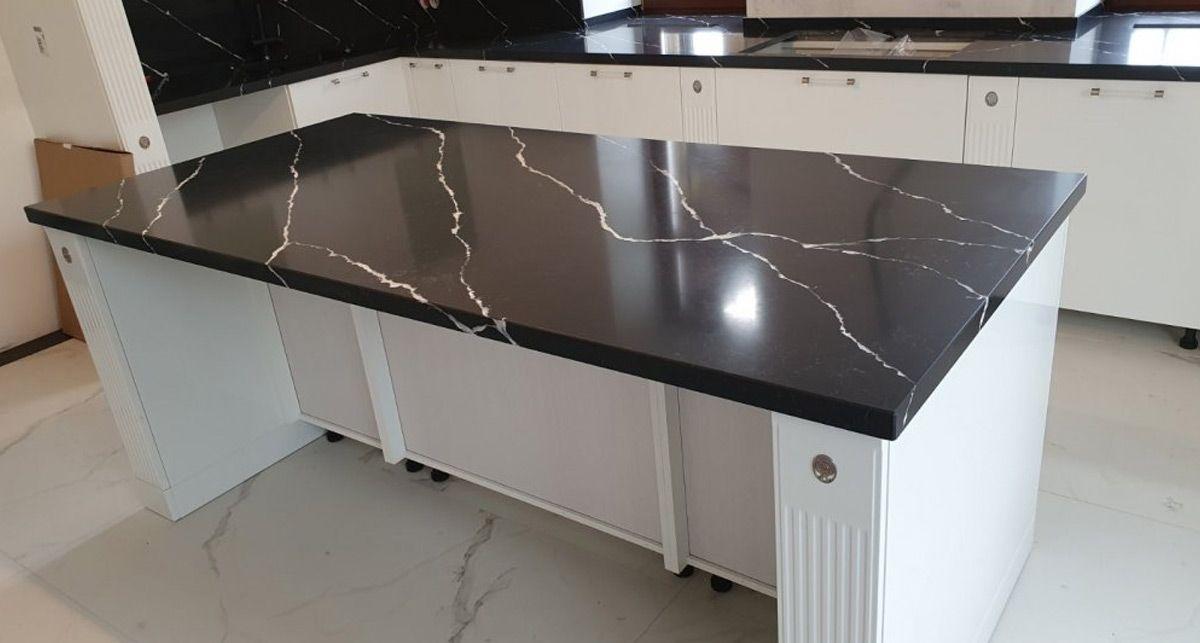 Столешница под черный мрамор Etna Quartz Pearl Negro EQHM 006