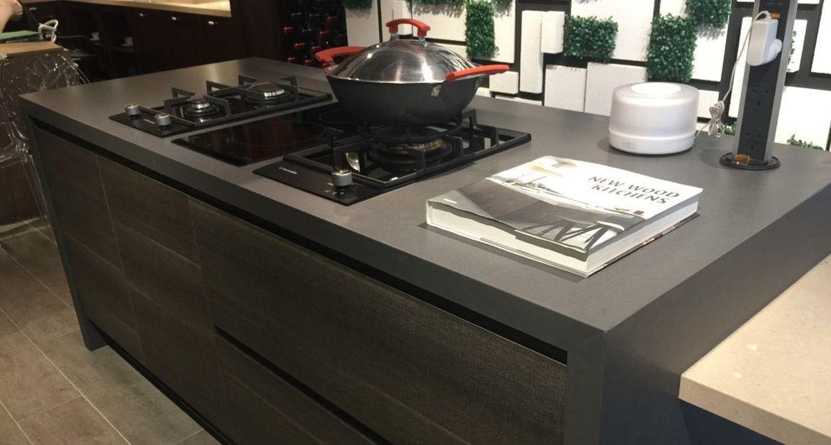 Столешница на кухню из искусственного камня TechniStone