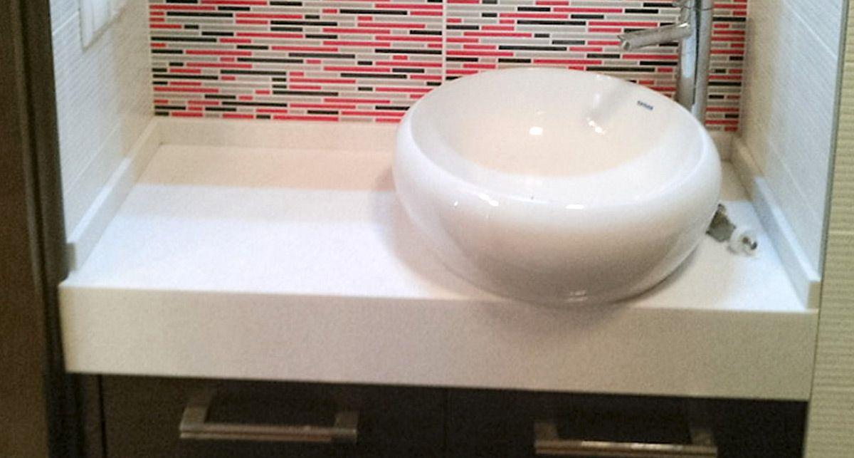 Столешница в ванную из искусственного камня Tristone S-105 Ashley Beige коллекции Classical